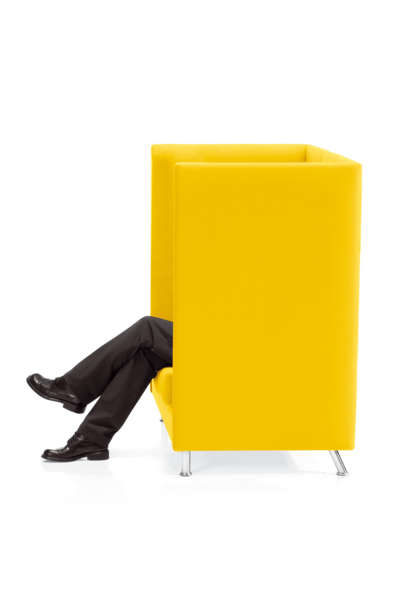BRAND EXPERIENCE - Conversations in yellow - 1a